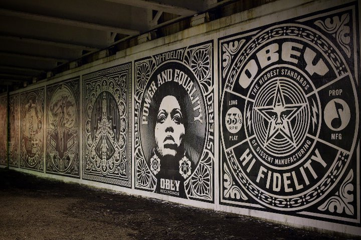 Obey_ChicagoMural_02
