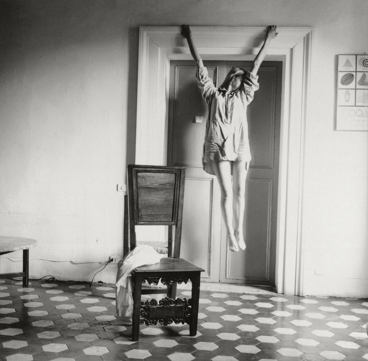 Francesca Woodman, Untitled, 1977-1978 © Betty and George Woodman NB: No toning, cropping, enlarging, or overprinting with text allowed.